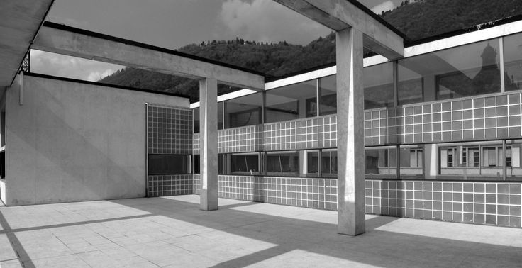 Photograph Casa del Fascio by Claudio Fornaciari on 500px