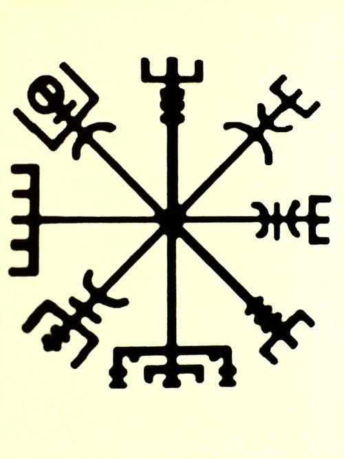 les 21 meilleures images du tableau runes sur pinterest id es de tatouages norse runes et runique. Black Bedroom Furniture Sets. Home Design Ideas