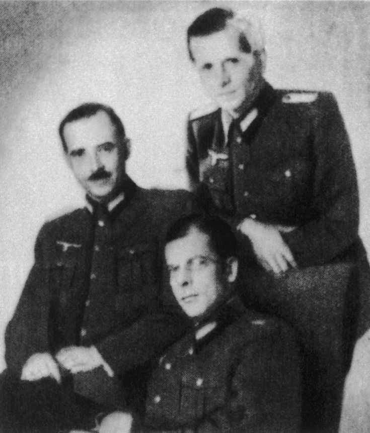 Hans von Dohnanyi (seated) and two of his Abwehr colleagues, Karl Ludwig Freiherr von Guttenberg (left) and Justus Delbrück. All three worked under Admiral Canaris and were all involved in the conspiracy against Hitler.