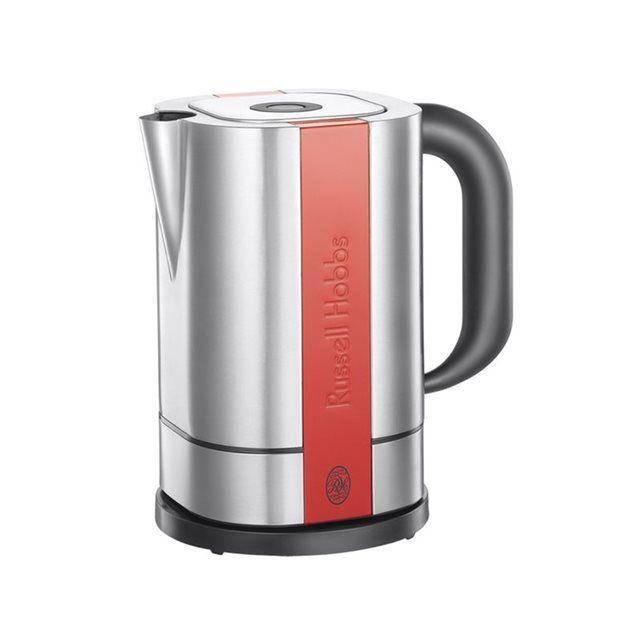 La bouilloire RUSSELL HOBBS STEEL TOUCH 18501-70 Idéale pour la préparation de boissons chaudes au petit déjeuner, cette bouilloire dispose d'une capacité de 1,7 litre et d'une puissance de 2200 Watts. Elle bénéficie de la fonction arrêt automatique dès ébullition de l'eau. La machine est équipée d'un filtre anti calcaire.  Caractéristiques techniques : - Caractéristiques : - Le plus du produit : Commande tactile - niveau d'eau visible - filtre anti tartre - arrêt automatique- Capacité…
