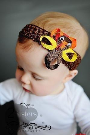 Turkey Hairbow by iris-flower