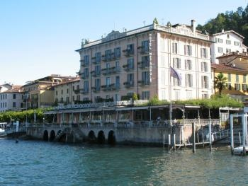 The Hotel Metropole enjoys a  beautiful position in the historical centre of Bellagio, set directly in front of the enchanting Lake Como with a wonderful view on the opposite  western lakeside , called Tremezzina, and the surrounding mountains.