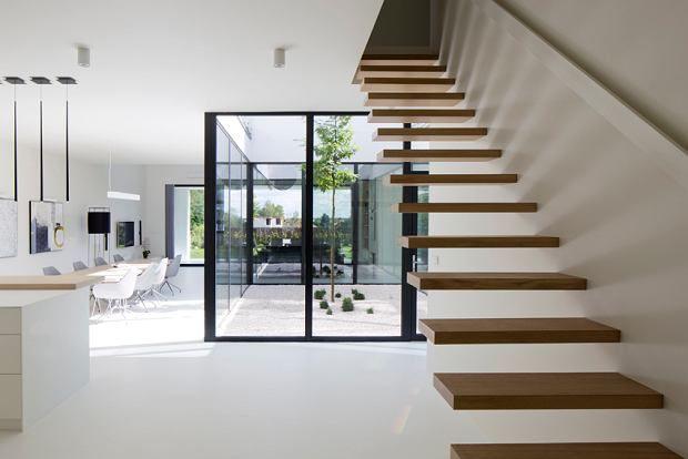 Zdjęcie numer 7 w galerii - Mniej znaczy więcej. Oszczędny design domu jednorodzinnego w Gliwicach