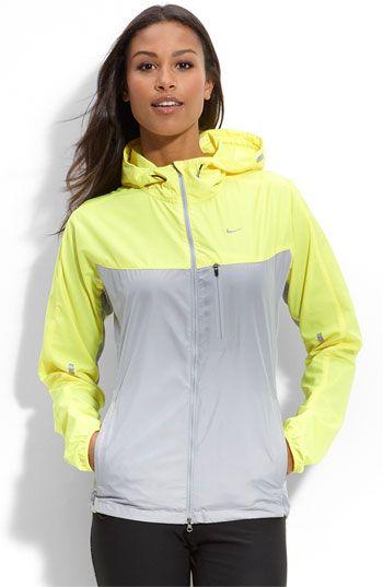 Jacket / Nike