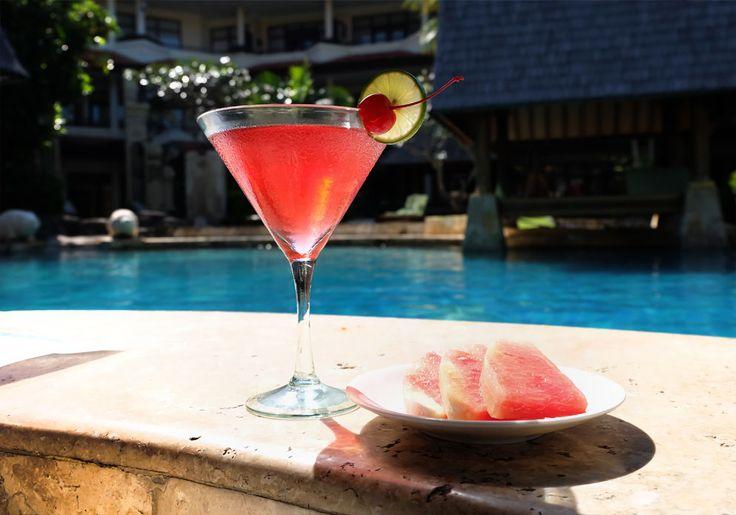 A refreshing cocktail, tropical fruit and an inviting infinity pool. What more could you ask for?  www.benoaresort.com  #thetanjungbenoa #thetanjungbenoabeachresortbali #TheTAOBali #bali
