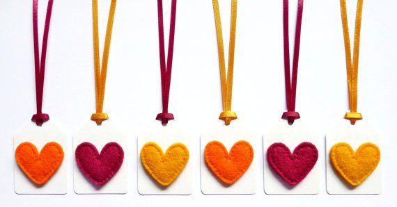 Cansada de ver sempre as mesmas lembrancinhas? Temos 10 sugestões de lembrancinhas de maternidade para você.