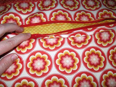 Hidden Zipper Pocket - TutorialCrafts Ideas, Hidden Zippers, Pocket Zippers, Happy Quilt, Pocket Ideas, Pocket Tutorials, Hidden Pocket, Hard Broken, Zippers Pocket