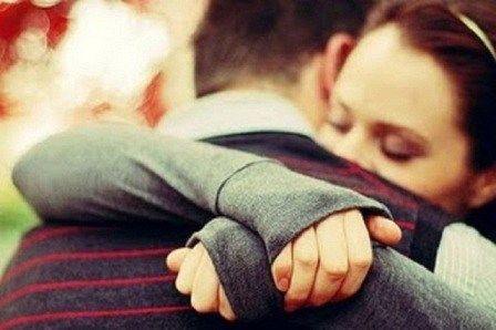 The Power Of Hug: A Tight Hug Can Make You Forget All Your Worries  Read More-->> http://www.oneworldnews.com/the-power-of-hug-a-tight-hug-can-make-you-forget-all-your-worries/