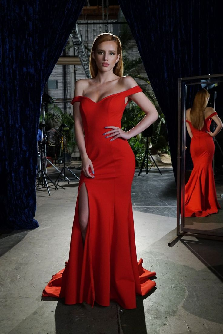 It up bella thorne sports a grown up look in elegant peplum dress - Bella Thorne Exudes Glamour In Red Gown For New Series