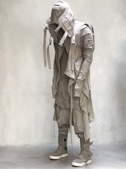 Fashion by DEMOBAZA