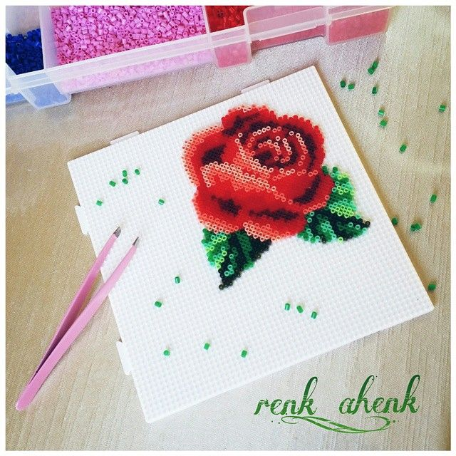 Realistic flower. Flor. Rose. Rosa. hama mini beads, perler beads, bead sprites, nabbi fuse melty beads, pixel art by renk__ahenk