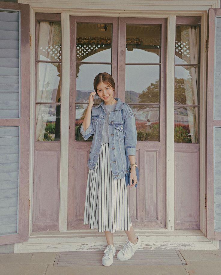 "4,566 Likes, 7 Comments - Tricia Gosingtian-Gabunada (@tgosingtian) on Instagram: ""Last spring in Nagasaki  Got a bunch of  new Japan posts on #triciagosingtian.com…"""