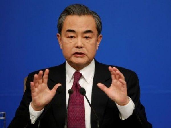 China propõe pacto aos EUA e à Coreia do Norte para evitar 'colisão frontal'
