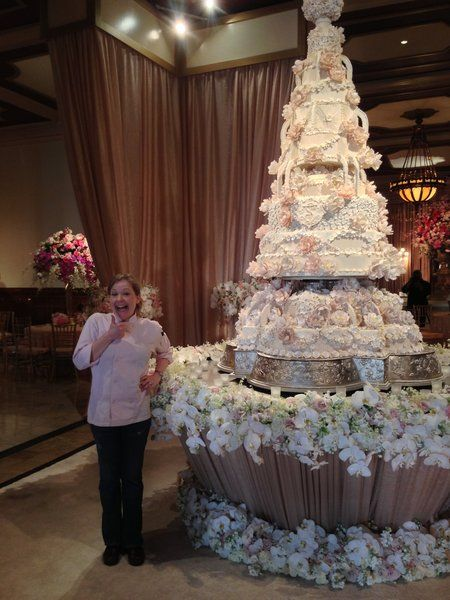 Cake Pictures Big : 103 best images about huge wedding Cakes on Pinterest ...