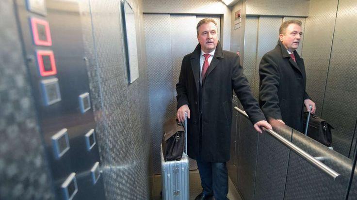 Bahn-Streik ab 15 Uhr: 66 Stunden Chaos?  Claus Weselsky will mit seiner Gewerkschaft 66 Stunden streiken