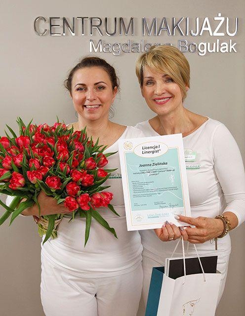 Joanna Zielińska z dyplomem Licencja I Linergist. Gratulujemy!