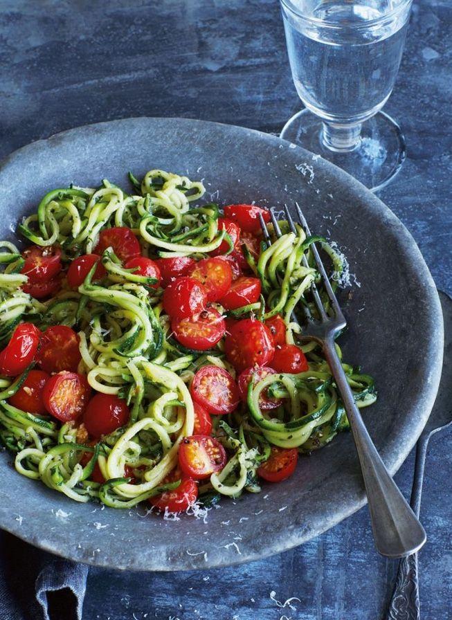 Cukkini spagetti paradicsom mártással