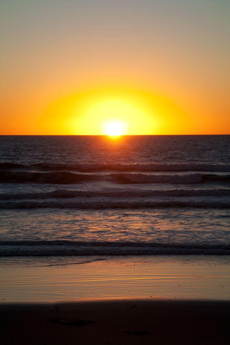 Pacaific Coast Highway Roadtrip / Sonnenuntergang über dem Pazifik auf Coronado Island, San Diego // Happy Go Lala