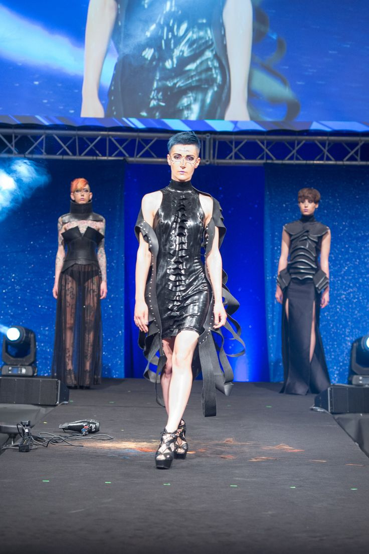 Errol Douglas #hairstylist #show #moda