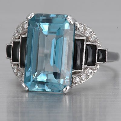 Art Deco Aquamarine Ring, 1920's | More on the myLusciousLife blog: www.mylusciouslife.com