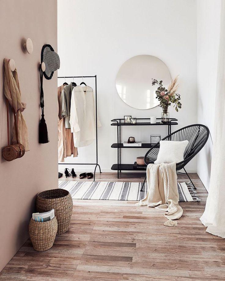 Foundstone Entryway#entryway #foundstone | Luxurious bedrooms, Living room  decor apartment, Interior