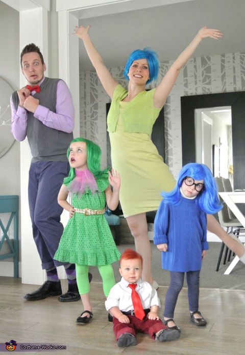 Inside Out: Create and act out all your inner emotions with these Inside Out characters. Use temporary hair dye or wigs to get the players just right. This family costume idea works for both big and small families. Each emotion works for kids,toddlers or babies and can work for pets too. Find more fun, creative and inexpensive DIY family Halloween ideas here.