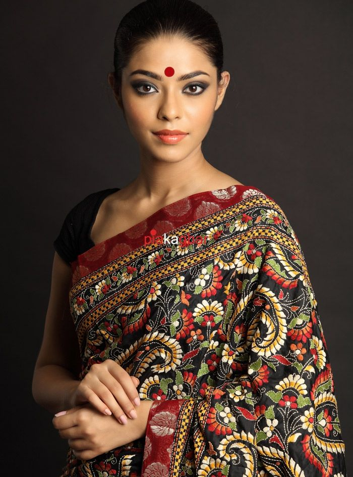 Kantha are embroidered sarees that are mostly worn in rural areas. Kantha stitched sarees depict stories, day to day activities, animal characters, flowers on the fabric. Embroidery gives the saree a little wavy and wrinkled look.