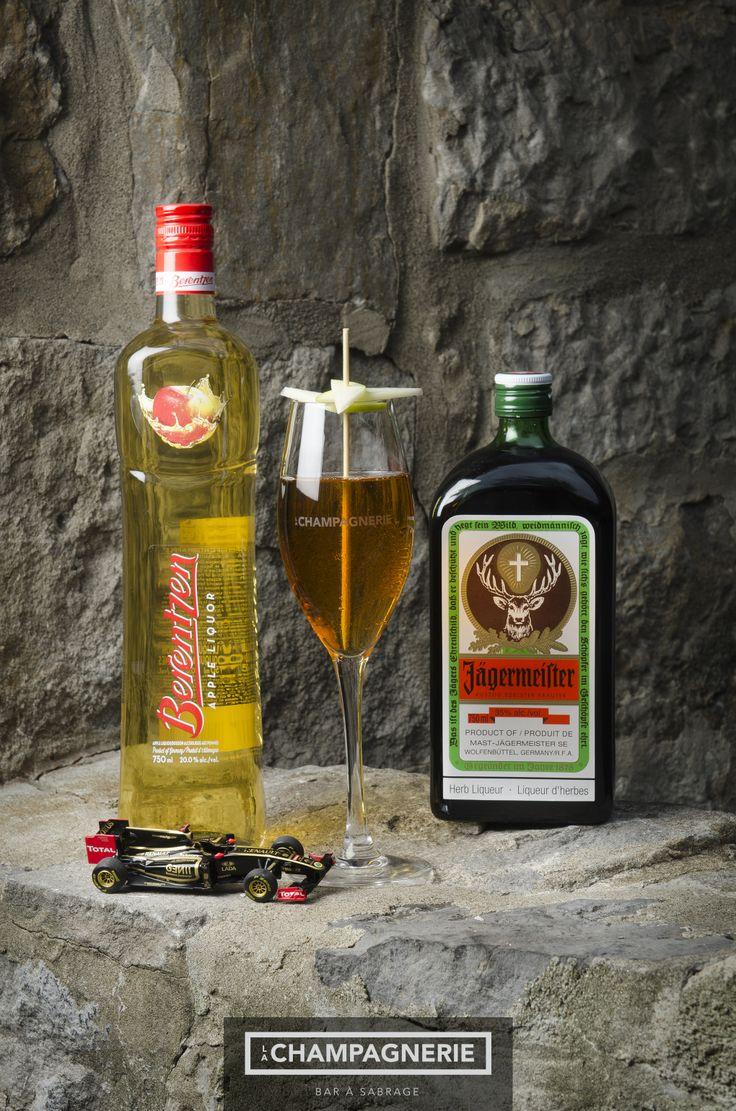 #Cocktail #F1 LE MERCEDES Jägermeister Liqueur de pomme Brentzen Jus de pomme Sparkling Brut
