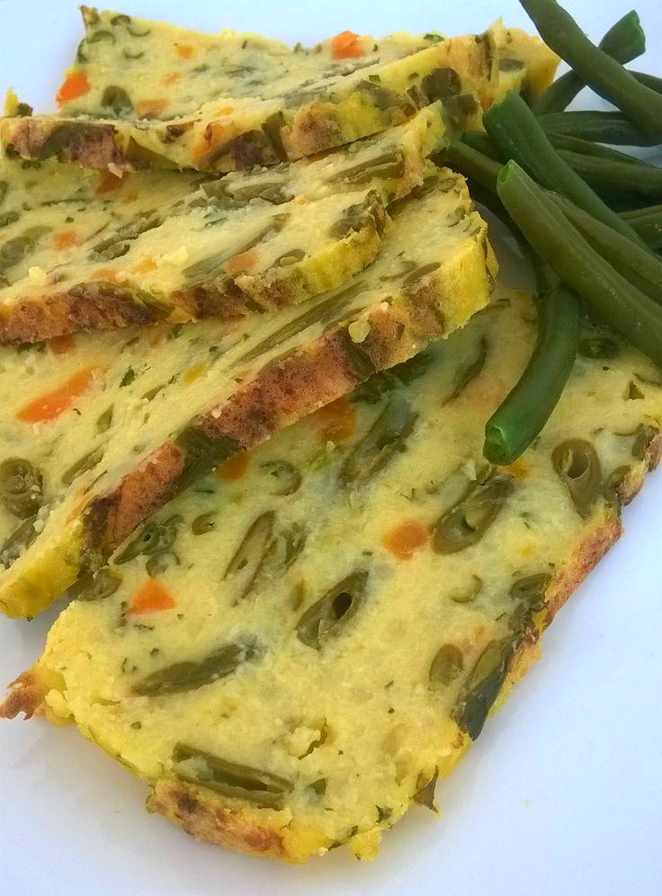 Benvenuti!     Oggi prepariamo uno sformato con patate e fagiolini.     Questo ricetta è facile da realizzare e molto gustosa, lo sfor...
