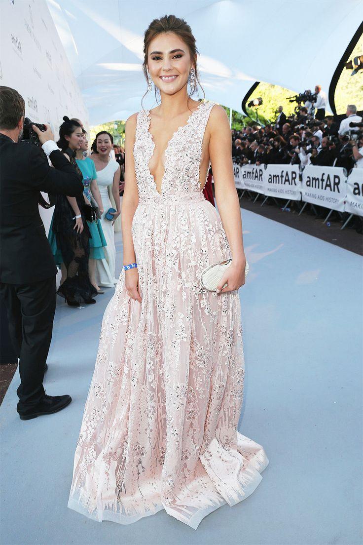 Heidi Klum, Rosie Huntington-Whiteley, Bella Hadid: bei der 23. Cinema Against Aids Gala von Amfar in Cannes begeisterten die Stars mit ihren Kleidern.