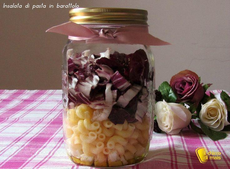Insalata di pasta in barattolo con radicchio e Asiago