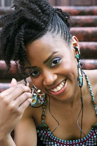 Google Image Result for http://www.buzzle.com/images/hairstyles/braids/flat-twist-hairstyle2.jpg