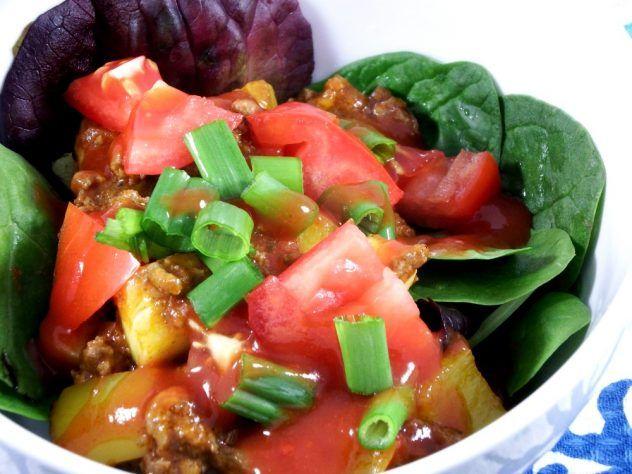 paleo taco bowls recipe with homemade taco seasoning and taco sauce #whole30 #paleo #recipe