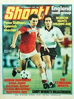 1982.11.20 Shoot! Magazine - Carter Collectables - Shoot! Magazine, Bryan Robson, England, Simon Stainrod, Queens Park Rangers, David Armstrong, Southampton, Paul Haylock, Norwich City, Barry Venison, Sunderland), Martin O'Neill, Norwich City, Gary Bailey, Manchester United, Kirk Stephens, Luton Town, Danny Thomas, Coventry City, Graham Hawkins, Wolverhampton Wanderers, Neville Southall, Everton, Mich D'Avray, Ipswich Town, Misfits, Steve Daley, Manchester City, David Mills, West Bromwich…