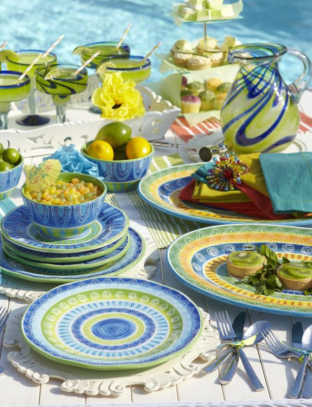 An outdoor assortment of playful blues and greens really brings out the color in those margaritas