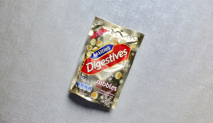 NEW REVIEW: Christmas is coming and so is the start of the festive themed foods and I could not resist the new McVitie's White Chocolate Nibbles