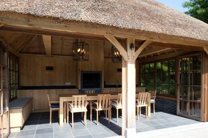 Cottage buitenkeuken in eik