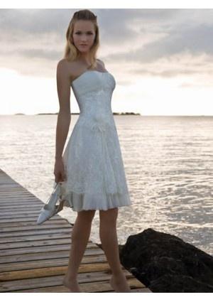 75 best Short Wedding Dress images on Pinterest   Homecoming dresses ...
