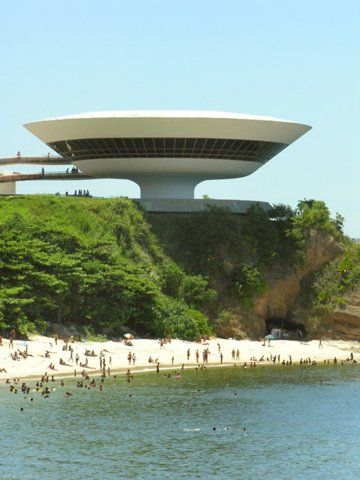 Niteroi Contemporary Art Museum in Niteroi, Rio De Janeiro. Oscar Niemeyer architect.