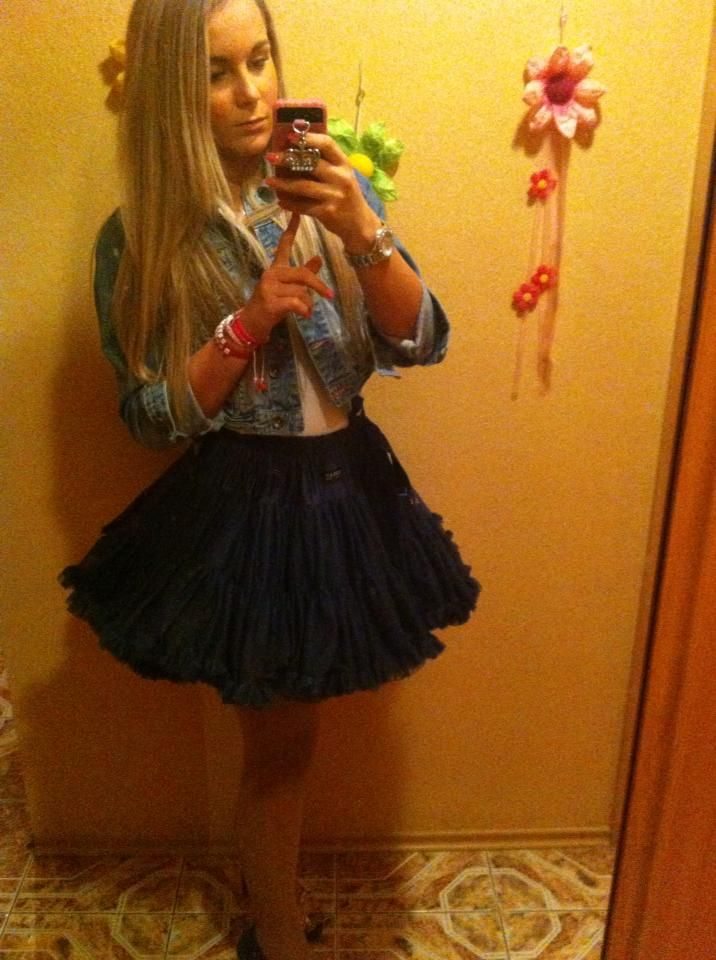 DOLLY skirt snow queen
