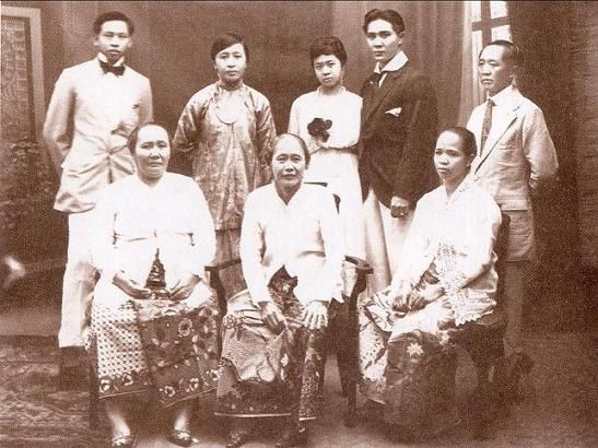 Sarong+Kedoengwoeni_05.JPG (547×410)