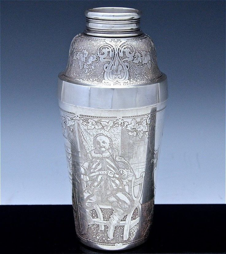 Perfect Extremely Rare Dated 1900 Tiffany Co. Makers Sterling Silver Cocktail  Shaker. Features Amazingly Detailed