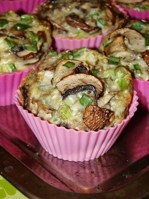 Cristina's world: Briose aperitiv cu ciuperci si ceapa verde