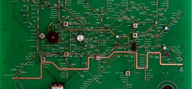 Circuito de una radio igual que el mapa del metro de Londres