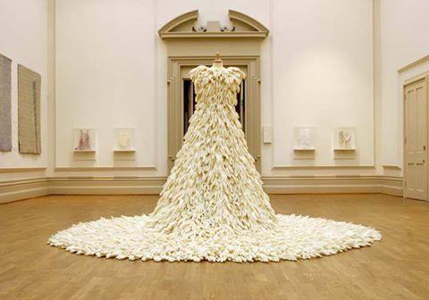 osCurve Magico: Vestidos de novia hechos con materiales reciclados...