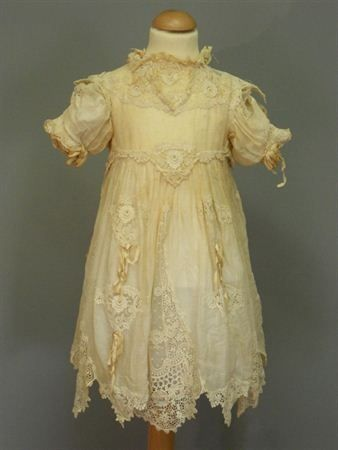 Child's dress, 1910, via Centraal Museum.