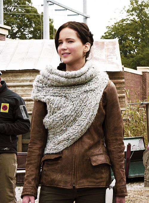 13 Best Hunger Game Images On Pinterest Cowls Crochet Clothes And