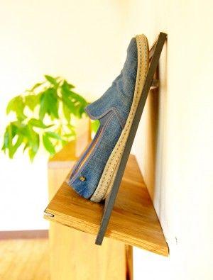 浅い奥行きで場所いらず。靴底が壁に付かないデザイン。