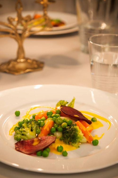 Deconstructed boeuf salad #veggiesalad @Cincsor.Transylvania.Guesthouses