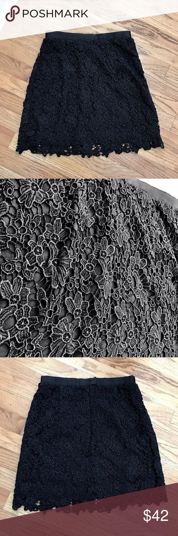 NWT French Connection Mini Floral Lace Skirt sz 2 NWT beautiful lace mini skirt! French Connection Skirts Mini